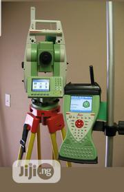 "Leica Ts12 P 3"" R400 Robotic Total Station Cs15 Rh16 For Surveying 