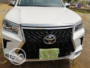 Toyota Hilux 2019 SR5 4x4 White | Cars for sale in Abuja (FCT) State, Central Business District