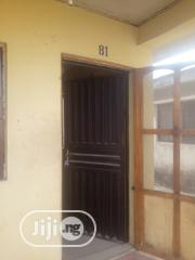 2 Bedroom Flat To Let At Asipa Off Akala Express Tipper Garage Ibadan | Houses & Apartments For Rent for sale in Oyo State, Oluyole