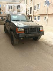 Jeep Grand Cherokee 2005 Limited 4x4 Black | Cars for sale in Lagos State, Amuwo-Odofin