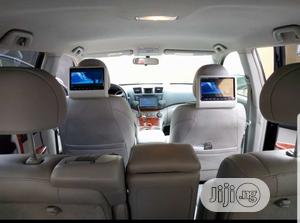 Hanging Headrest Dvd With USB And Sd Card Etc