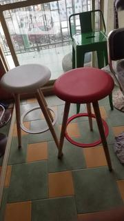 Classic Bar Stool With Comfortable Balance | Furniture for sale in Lagos State