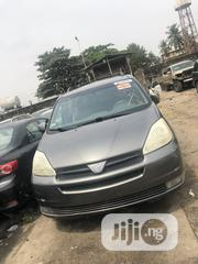 Toyota Sienna 2004 XLE AWD (3.3L V6 5A) Gray | Cars for sale in Lagos State, Amuwo-Odofin