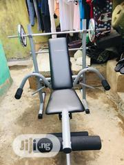 6 Days Used Weight Bench With 20kg Plate and Barbell | Sports Equipment for sale in Lagos State, Surulere