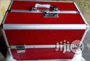 Makeup Box With 3 Compartments | Tools & Accessories for sale in Lagos State, Amuwo-Odofin