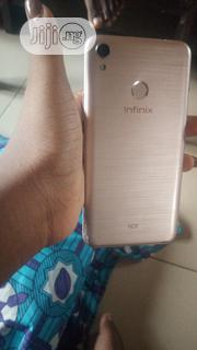 Infinix Hot 5 16 GB Gold   Mobile Phones for sale in Abuja (FCT) State, Bwari