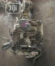 3RZ 4WD Toyota Engine And Gearbox | Vehicle Parts & Accessories for sale in Lagos State, Mushin