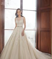 Wedding Gown With Lovely Sweetheart Bodice   Wedding Wear for sale in Lagos State, Lagos Mainland
