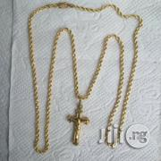 Brand New ITALY 750 Pure 18krt Gold Twist Wit Crucifix Pendant | Jewelry for sale in Lagos State, Lagos Island