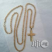 Tested 18karat Gold Necklace New Twisted Diamond Cut Design Wit Crucif | Jewelry for sale in Lagos State, Lagos Island