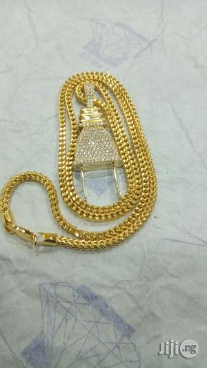 Italy Gold 18 Karat Chain And Pendant 3