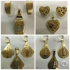 Fashion Ear Rings And Pendant (Wholesale Only)